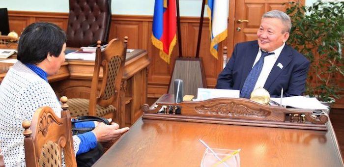 Спикер Госсобрания провел прием граждан по личным вопросам
