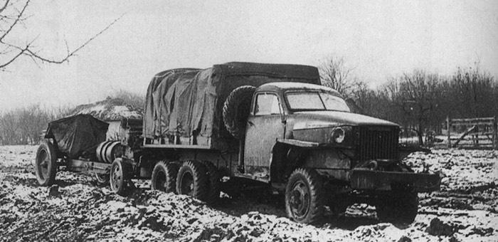 Неоднократно ремонтировал автомашины на поле боя