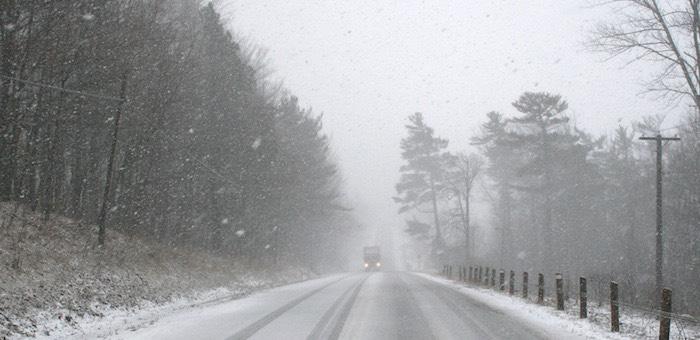 Снег, метели и гололед ожидаются на Алтае