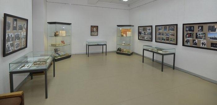 Выставка памяти Александра Суразакова открылась в Национальном музее