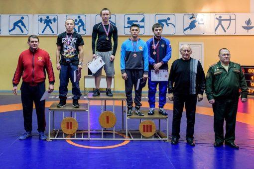 Алтайские спортсмены стали призерами чемпионата Вооруженных сил по греко-римской борьбе