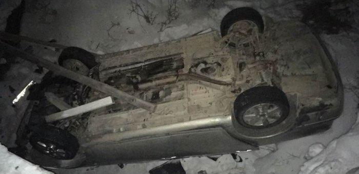 Toyota Avensis перевернулась под управлением пьяного водителя