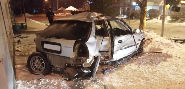 Два светофора повреждено в Горно-Алтайске в результате ДТП (фото, видео)