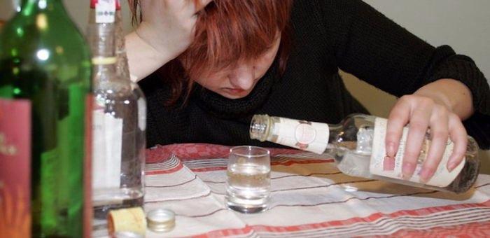 Пьяная женщина до смерти избила свою подругу