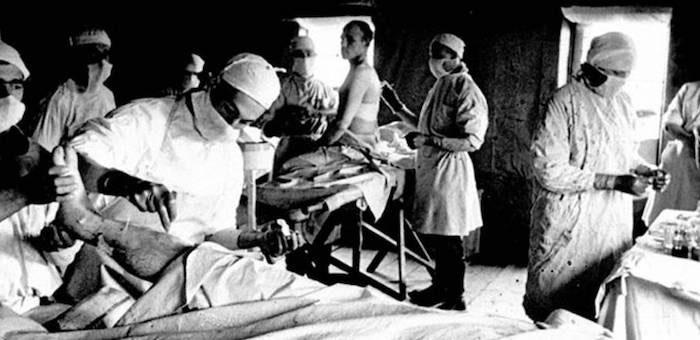 «Работая круглые сутки, спасает постоянно прибывающих раненых»