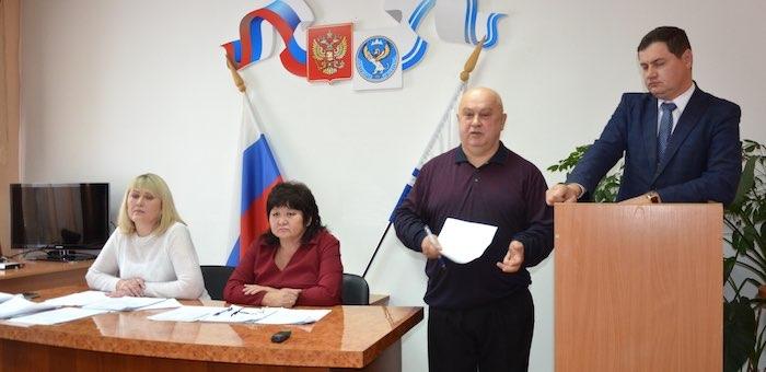 Трое депутатов чемальского райсовета сложили полномочия