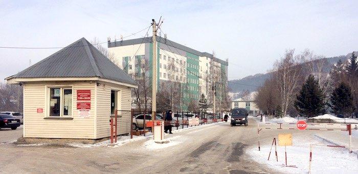 Ресбольницу обязали пропускать на территорию больничного городка машины инвалидов