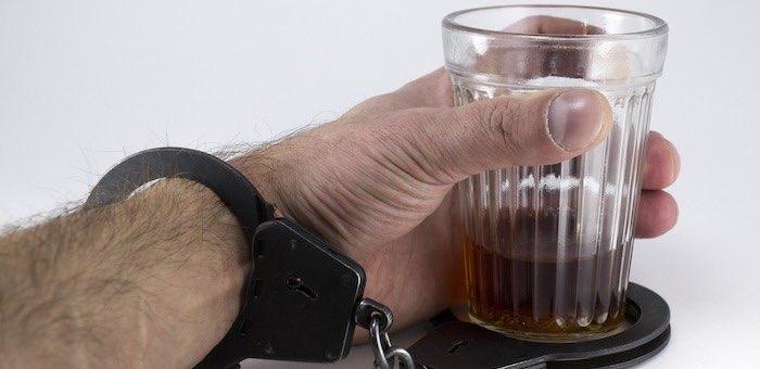 Пьяница-водитель, шесть раз пойманный нетрезвым за рулем, отправится в колонию строгого режима