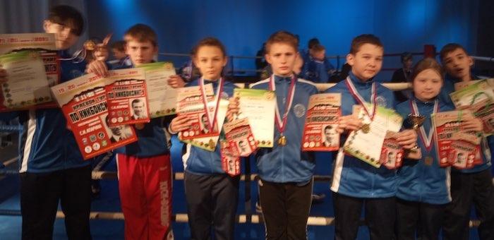 Спортсмены из Горного Алтая успешно выступили на турнире по кикбоксингу в Бийске