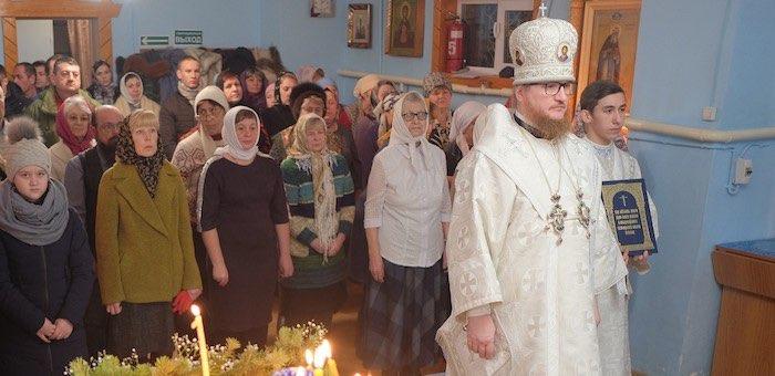 Архиепископ Каллистрат провел рождественское богослужение
