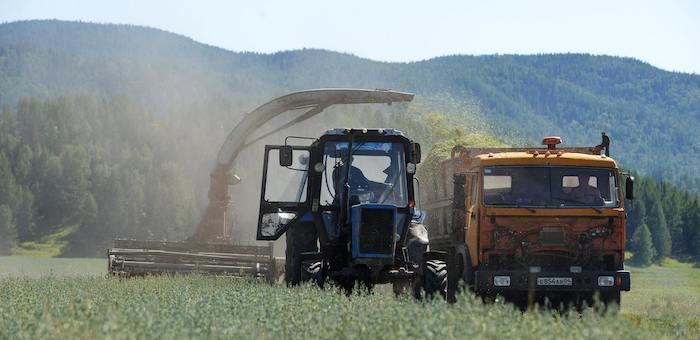 На поддержку фермеров и сельхозкооперативов направят свыше 107 млн рублей