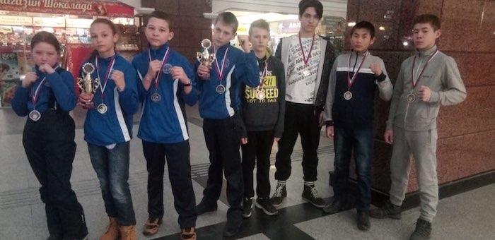 Спортсмены из Горного Алтая завоевали путевки на чемпионат России по кикбоксингу