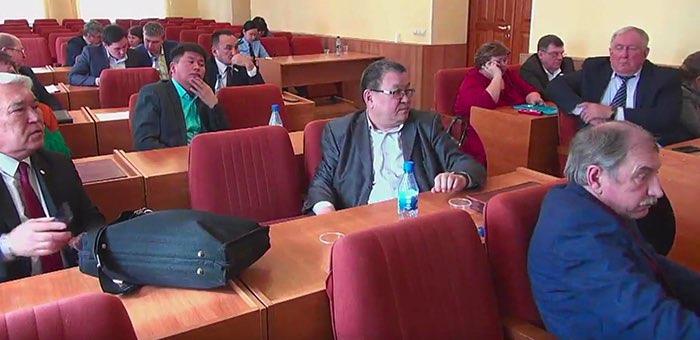 Депутаты горсовета не смогли избрать вице-спикера