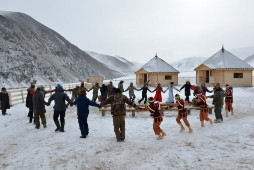 Как жители высокогорных животноводческих стоянок отметили Чага Байрам - фоторепортаж