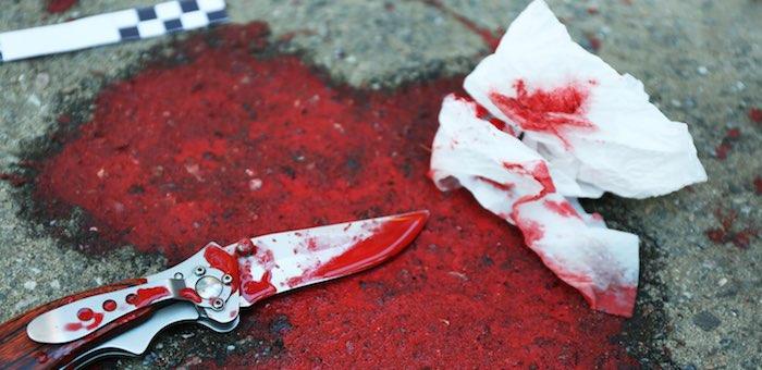 Отомстила за побои ударом ножа в сердце: молодая женщина зарезала своего возлюбленного