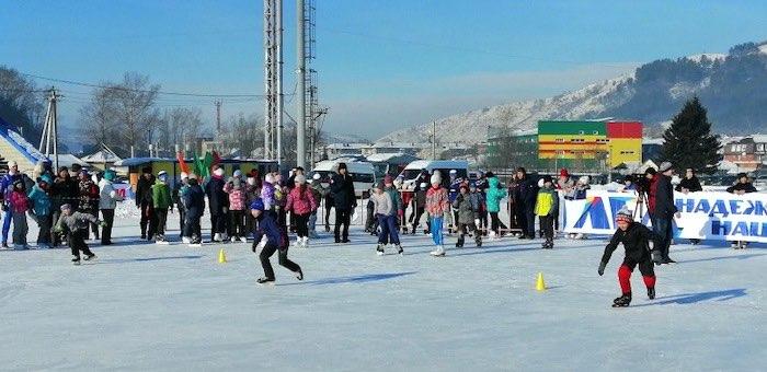 В Горно-Алтайске подведены итоги соревнований «Лед надежды нашей»