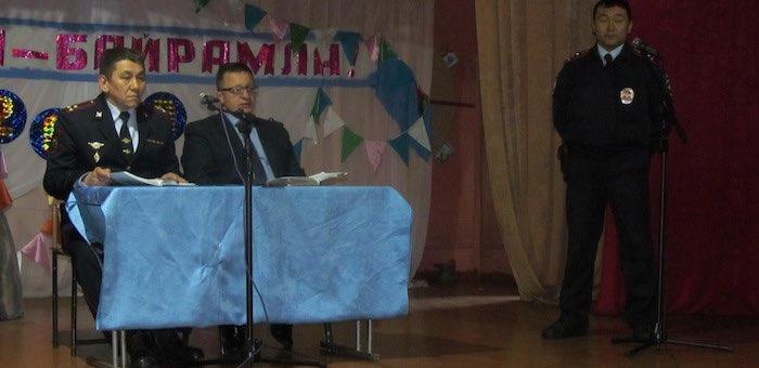 Улаганские полицейские отчитались о работе перед жителями