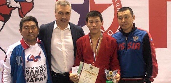 Горно-алтайский самбист включен в состав сборной России