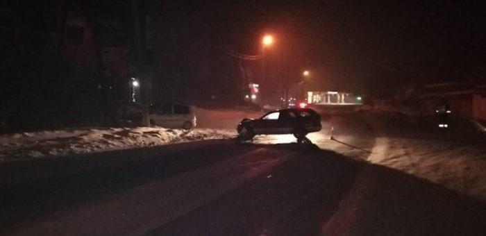 Не совсем трезвый горожанин сел поздно вечером за руль и устроил ДТП
