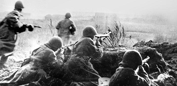 Первым повел своих бойцов на штурм укрепленной линии противника