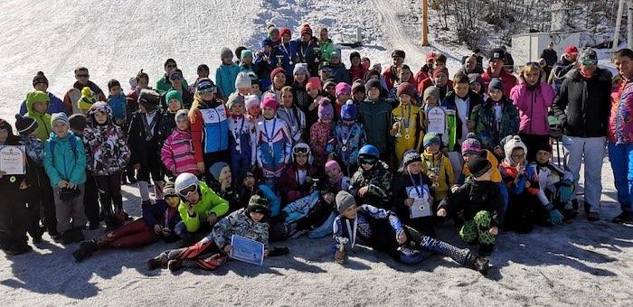 В Горно-Алтайске прошли соревнования по горнолыжному спорту