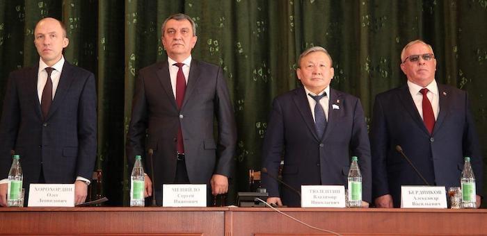 Полпред президента призвал Олега Хорохордина опираться на местные кадры