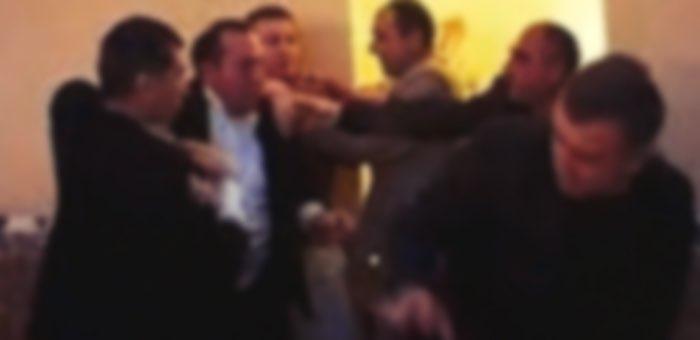 В Усть-Кане будут судить мужчину, убившего гостя на свадьбе
