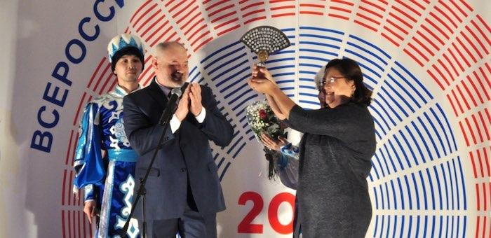 Республика Алтай передает театральную эстафету Туве
