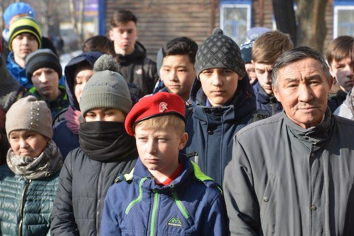 Школа №1 стала лицеем имени Михаила Карамаева