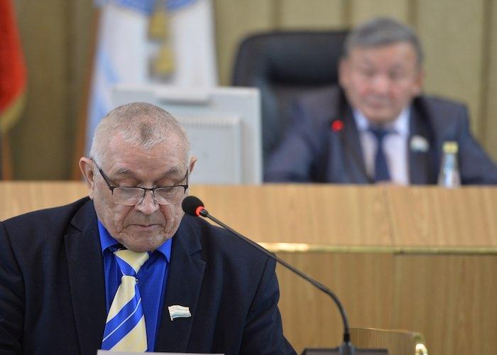 Принят закон об увеличении числа одномандатников в Госсобрании