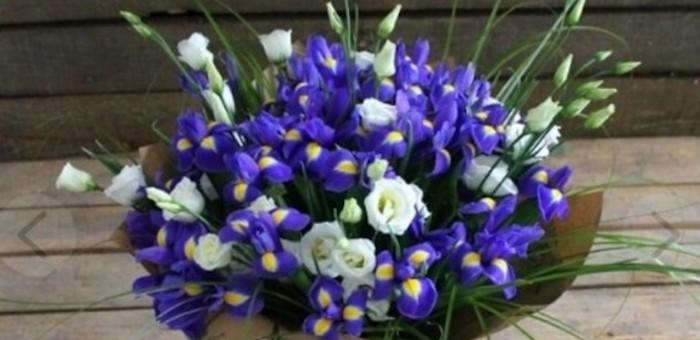 Подбираем букеты цветов в Екатеринбурге для женщины на юбилей 50 лет