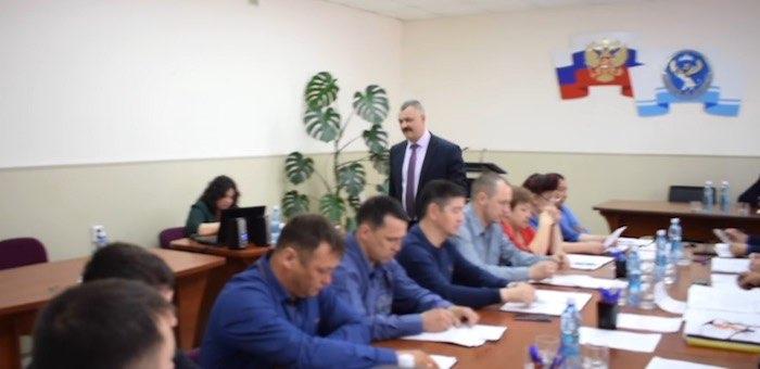 «Все, мои полномочия прекращены». Как Рябченко сместили с поста спикера райсовета (видео)