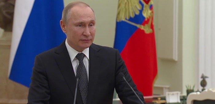 Путин призвал молодых губернаторов и чиновников «не бронзоветь»