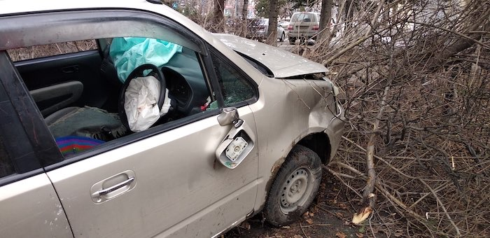 Мужчина потерял сознание за рулем и попал в ДТП