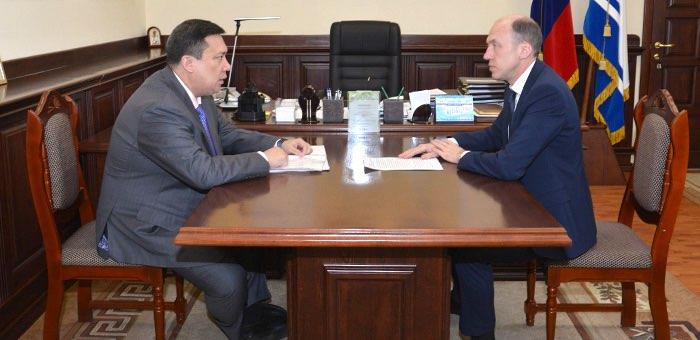 Олег Хорохордин обсудил с Владимиром Полетаевым ситуацию в регионе