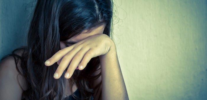 Несовершеннолетняя девушка создала преступную группу для торговли наркотиками