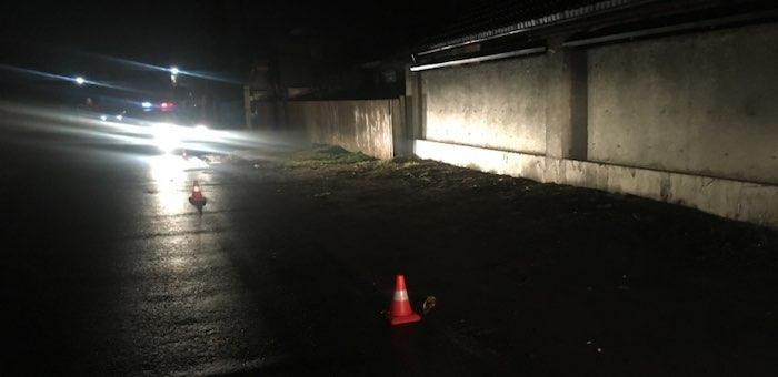Машина, которой управлял пьяный водитель без прав, сбила пешехода