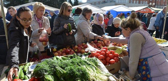 На сельхозярмарке продали 11 тонн мяса и 4 тонны овощей