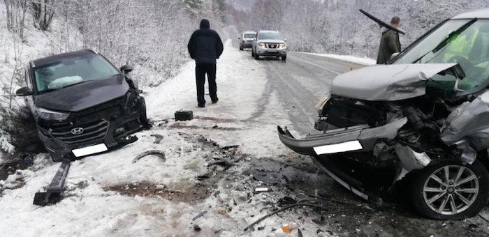 Две аварии произошли на Телецком тракте