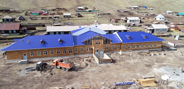 Школу в Паспарте достроят к началу учебного года