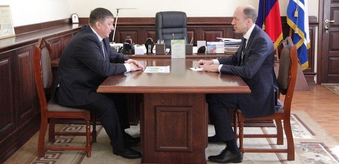 Олег Хорохордин обсудил с мэром Горно-Алтайска развитие города