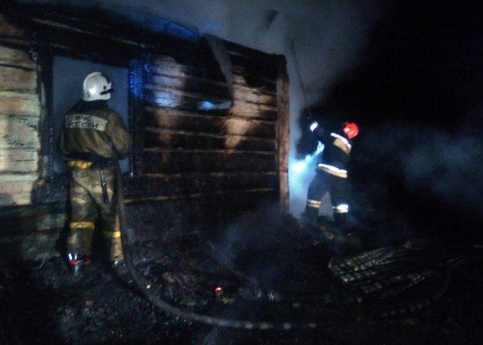 В Усть-Семе на пожаре погиб пенсионер