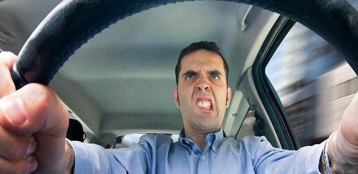 Водители автобусов устроили «разборки» на дороге