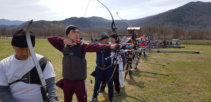 Соревнования по стрельбе из лука прошли в Онгудайском районе