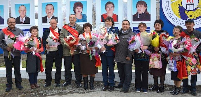 В Онгудае наградили лучших тружеников района