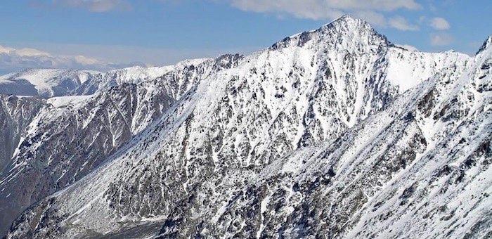 Спасатели обнаружили тела троих новосибирских туристов, погибших при сходе лавины