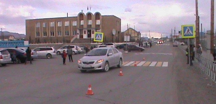 В Кош-Агаче машина сбила выбежавшего на пешеходный переход 8-летнего мальчика