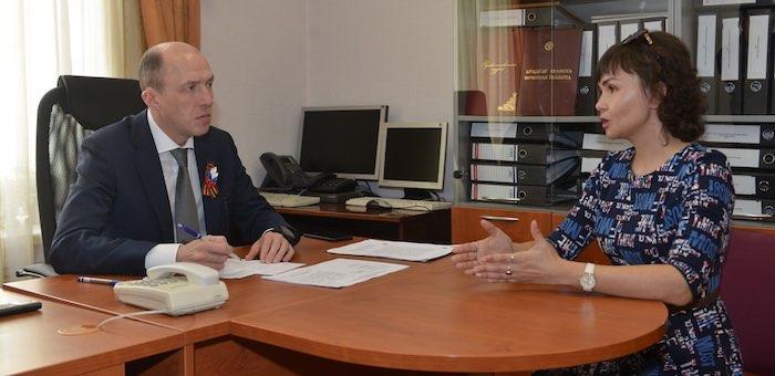 Олег Хорохордин провел первый прием граждан