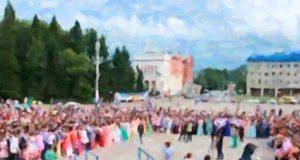 В Горно-Алтайске сегодня пройдут выпускные вечера