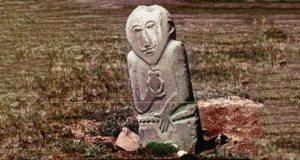 Как в Америке пропало уникальное каменное изваяние с Алтая